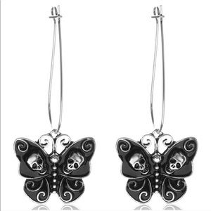 Jewelry - ⭐️CCO PRICE DROP⭐ Butterflies and Skulls Earrings